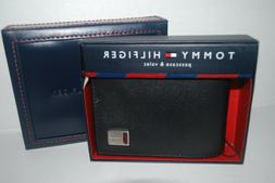 Tommy Hilfiger | Black Leather Passcase and valet Regular Pr