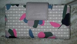 Fossil Emma Flap RFID Large Clutch Wallet Gray Floral Smartp