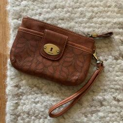 Fossil Genuine Leather Wristlet Zipper Wallet Brown