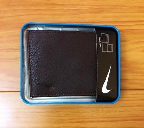 Nike Passcase Id Pebble Grain $36