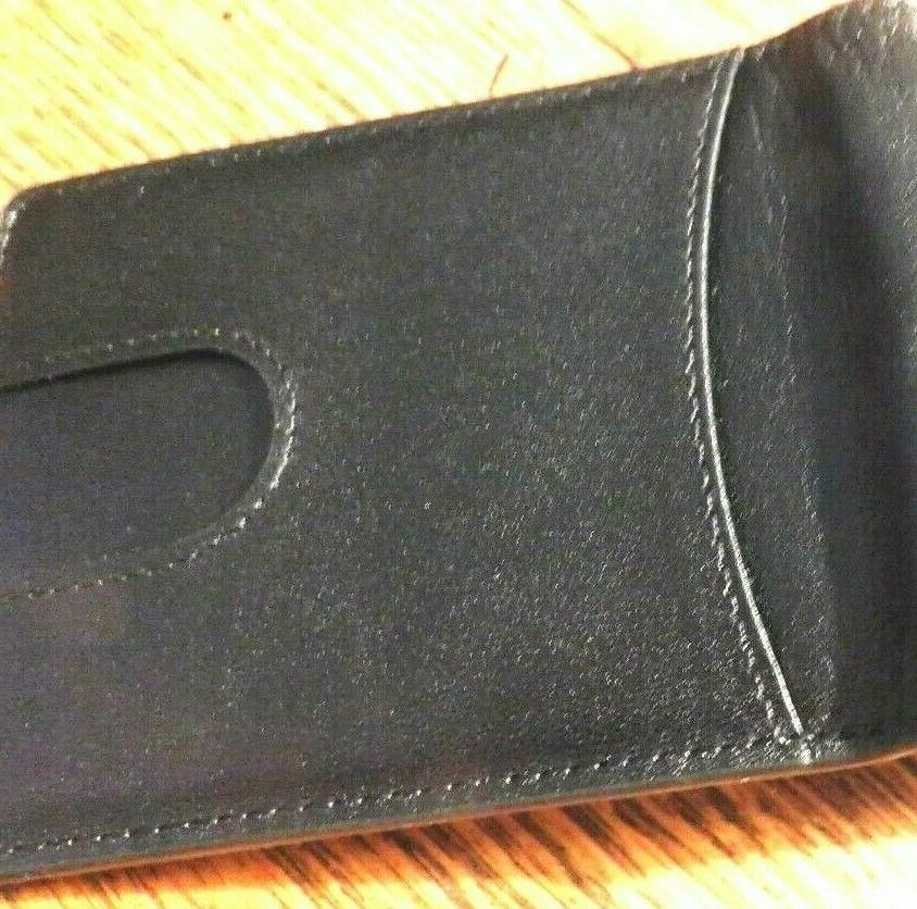 GINTAXEN MEN'S LEATHER WALLET-RFID BLOCKING-NEW BOX--A GIFT