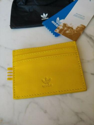 Card Holder yellow out