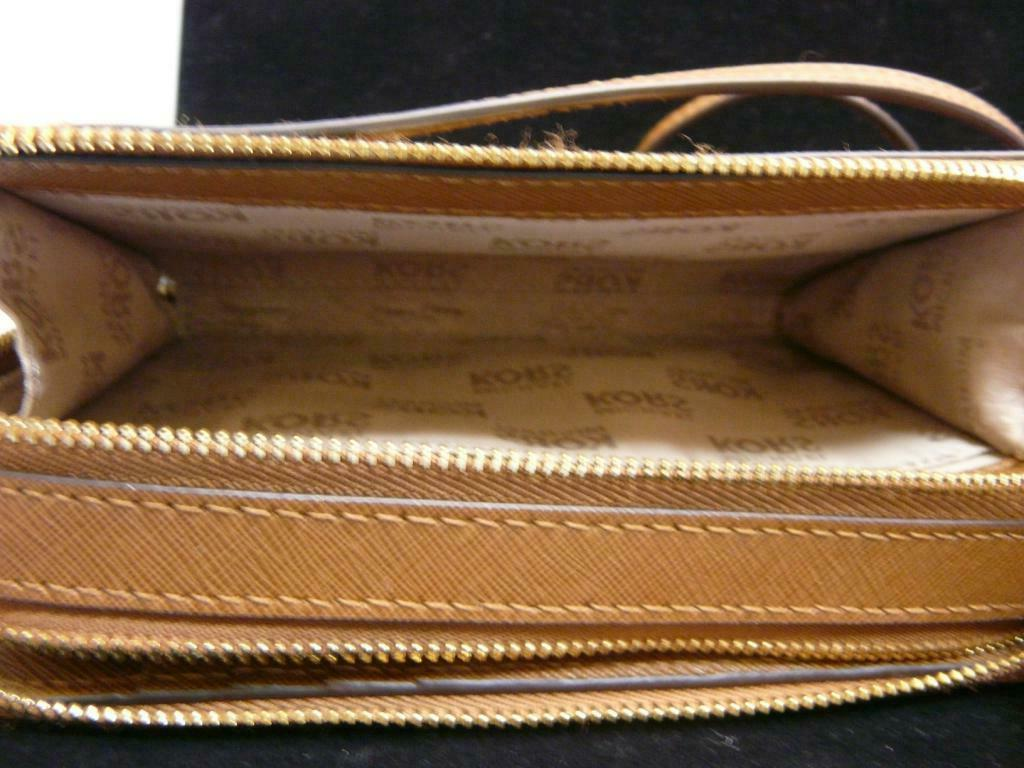 Michael Leather Chain Phone Wallet Crossbody double