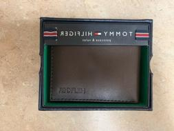 Tommy Hilfiger Leather Wallet Passcase And Valet NEW w/ Box
