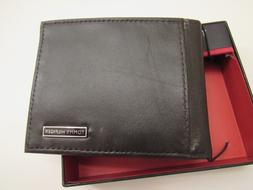 New/DEfect.Tommy Hilfiger brown color leather bifold wallet