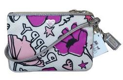 New NWT Coach Poppy Floral Petal Heart Signature Wristlet Wa