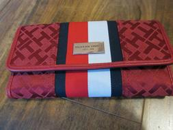 Tommy Hilfiger Women's Checkbook Wallet Red/White Jacquard P